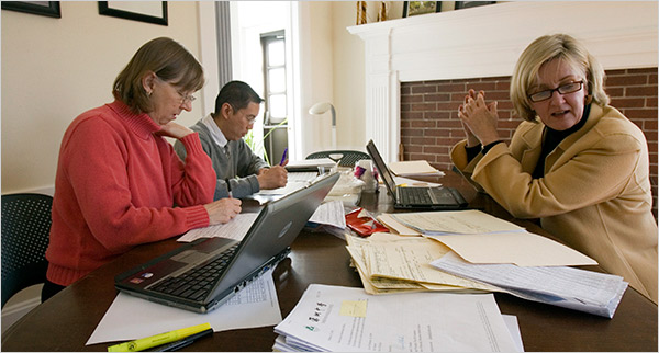 College admissions officers look essay